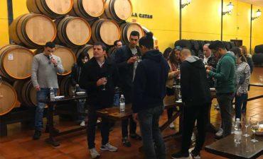 Alumnos de la Escuela de Hostelería de Torremolinos degustando los vinos de Bodegas Quitapenas.